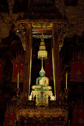 The Emeral Buddha at Wat Phra Keo in Bangkok Thailand, photo by Claire Soleil