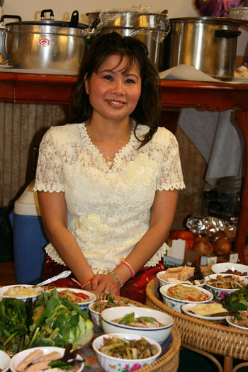 Lao Lady