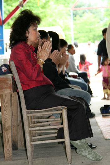 Buddhist worshippers