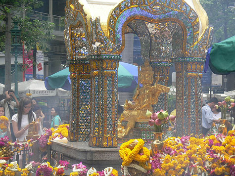 Erawan Shrine Photographs by Kiteion